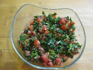 tomato-sorrel-salad